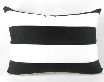 Popular items for black outdoor pillow on Etsy