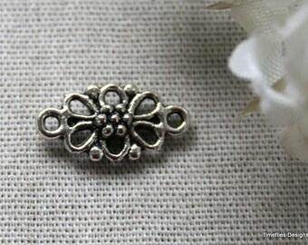 10 Tibetan Silver Flower Connector/Charms