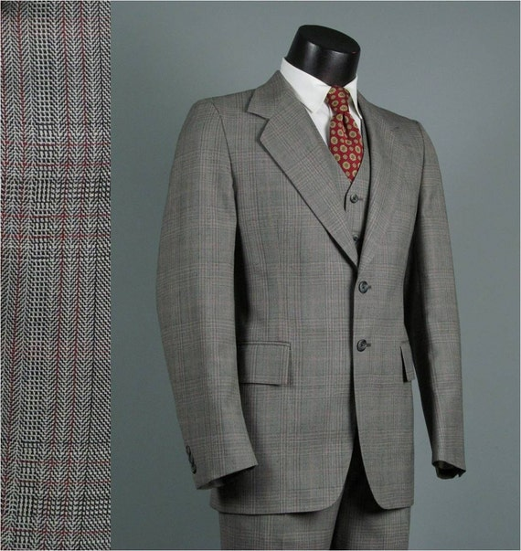 Vintage Mens Suit 1970s Grey Plaid Mid Weight Classic Mens