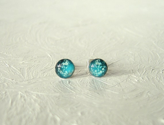 Tiny Gradient Turquoise Blue Earrings-6mm small round stud post earrings-art resin jewelry