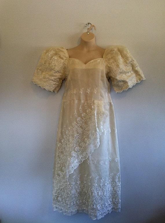 Plus Size Vintage Victorianesque Wedding Dress