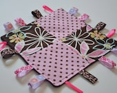 Crackle Taggie Blanket - Flowers and Dots on Minky