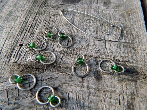Single Emerald Bead Knitting Stitch Markers : Set of 8