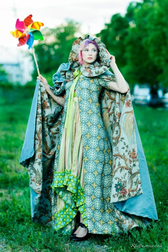 Hooded Cape - Blue Lady