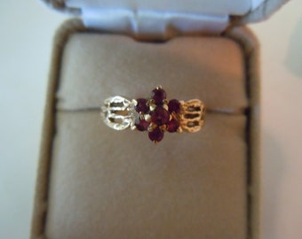 Vintage English Beautiful Gold Ornate Filigree Ring with Ruby cluster hallmarked london