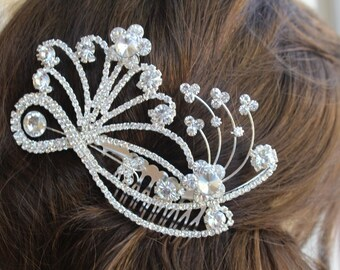 Beautiful silver color hair comb with sparkling rhinestones 4.5 inch long