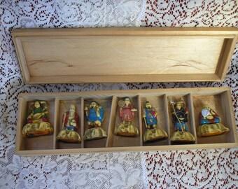 Vintage Japanese figures