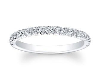 Ladies Platinum French pave diamond wedding band with 0.33 carats G-VS2 diamond quality