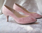 pink lace heels, 80s pink shoes, size 8 - EndlesslyVintage