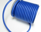 Rubber cord 5mm medium blue, solid, 6 feet