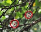 Red dreamcatcher earrings - silver colored metal chain -  glass bead