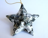 Christmas Stars - Tree Decorations x5 - Black and White Vintage Style Floral
