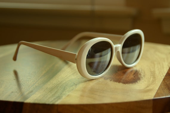 Vintage White Oversized Sunglasses