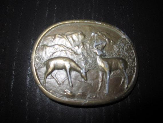 vintage indiana metal craft deer/wilderness belt buckle