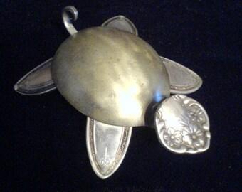 spoon turtle