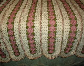 Crochet Rose Flower Trellis Afghan