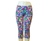 Capri crop leggings, printed leggings, workout clothes, fitness apparel, size MEDIUM