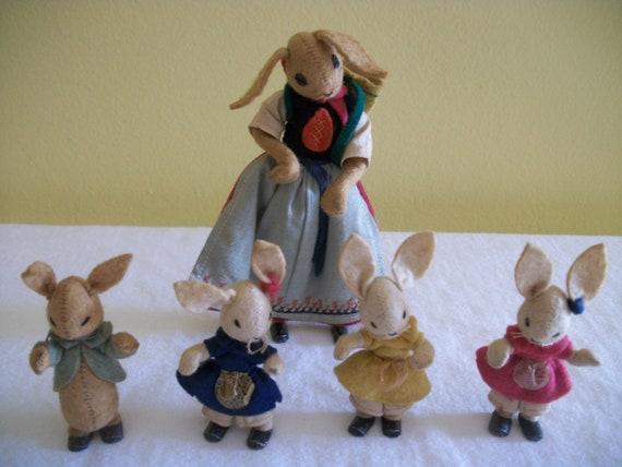 Baps German Story Book Felt Dolls -- Peter Rabbit, Flopsy, Mopsy, Cottontail & Mother c 1950s