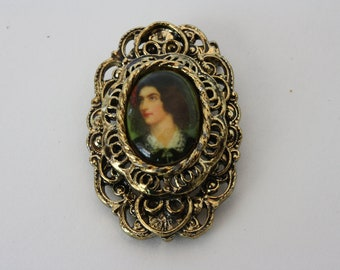 Vintage Gerrys Gold Tone Filagree Cameo Brooch
