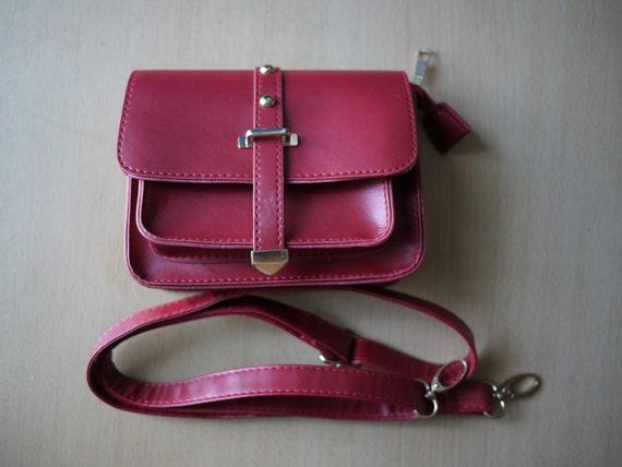 Red vintage leather bag