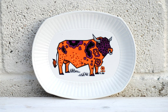 Retro Steak Plate Bright Colourful Cow Beefeater plate Ironstone Bull Vintage Ceramics