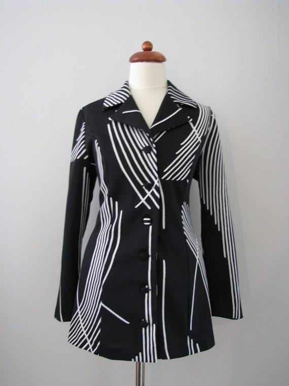 70s Black & White Fitted Jacket w/ Abstract Geometric Stripes, M-L // Vintage Blazer