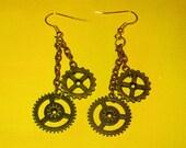 Steampunk cogs, (steampunk brass cog earrings)