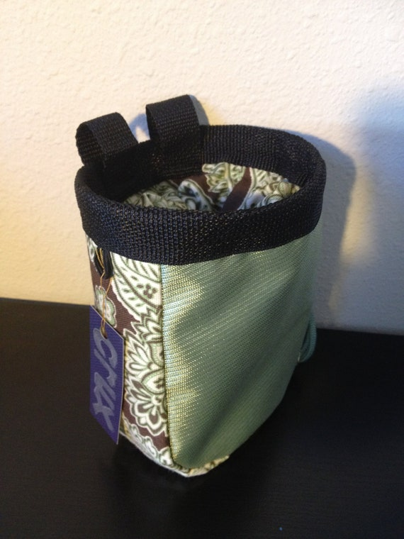 how to make your own climbing chalk bag