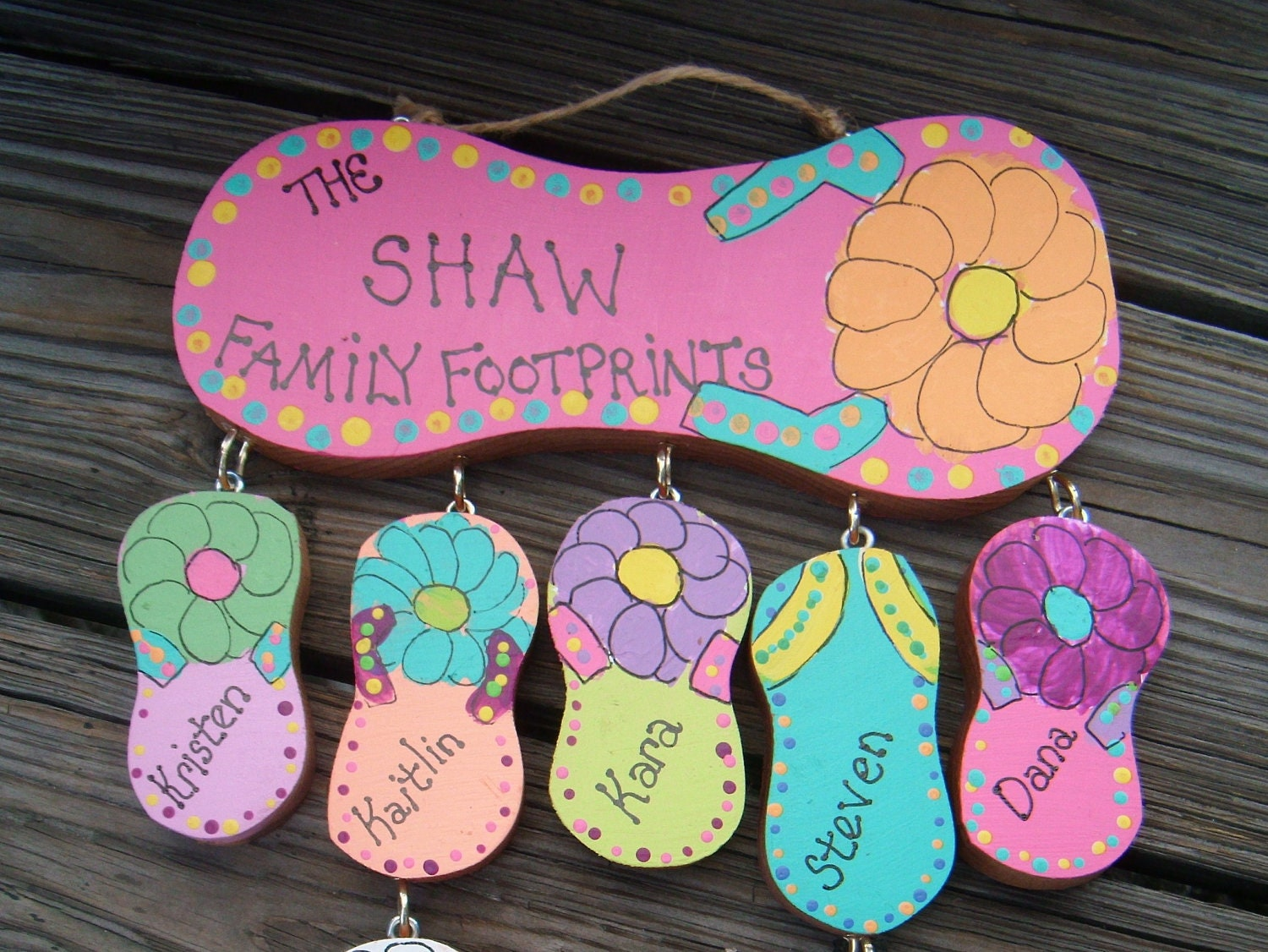 Wood flip flop personalized family sign for Flip flops for crafts