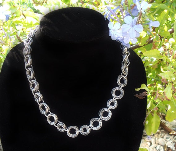 The Trailing Roses Chainmail Necklace