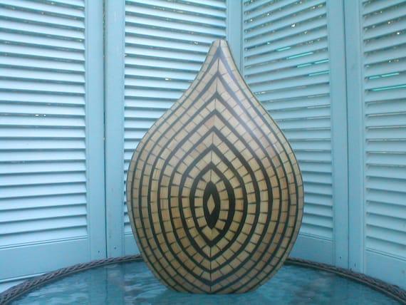Handmade small bamboo banjo vase