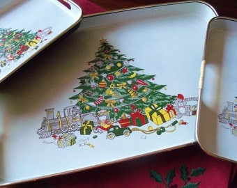 3 Vintage Nesting Christmas Holiday Trays