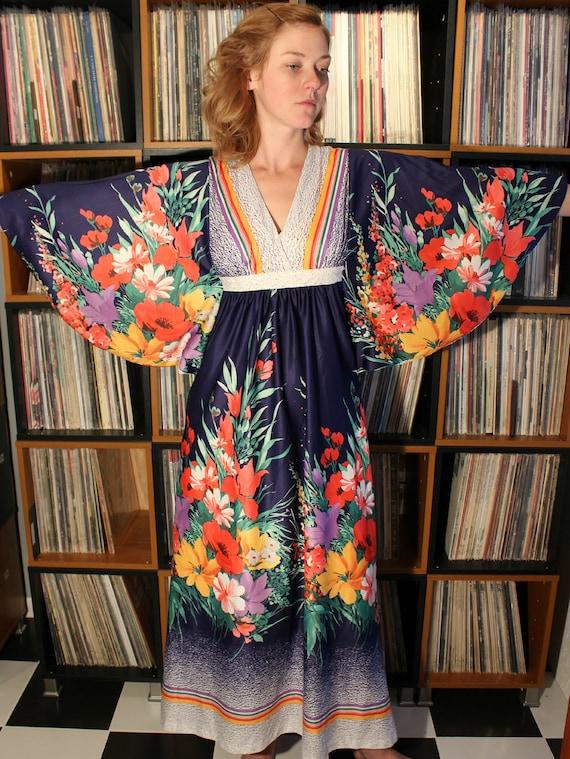 Vintage Bold Floral Maxi Dress