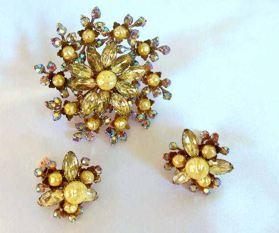 Vintage Brooch and Earring Set Champagne and Aurora Borealis Rhinestones
