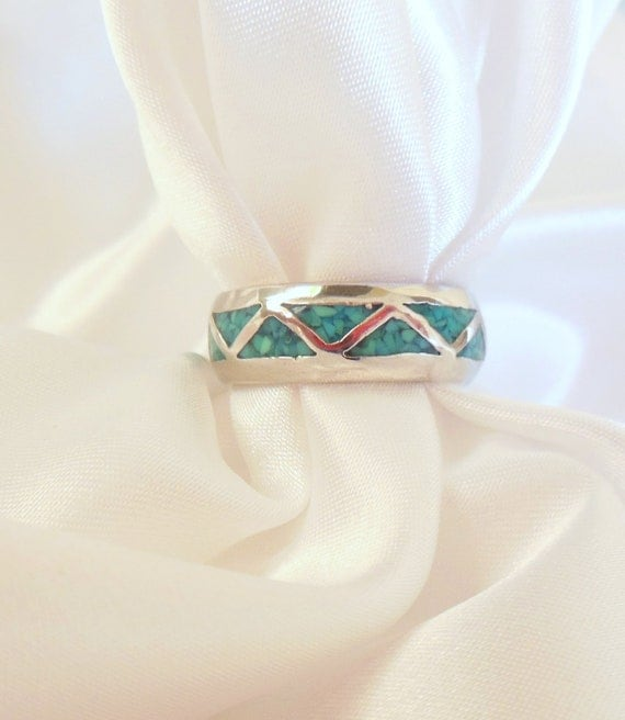 Vintage Sterling Sliver Ring Turquoise Chips In Triangle Inlay