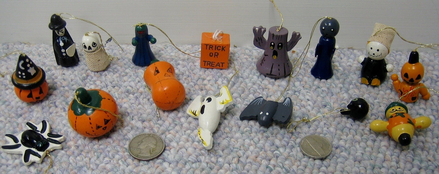 Halloween Tree Ornaments MINI