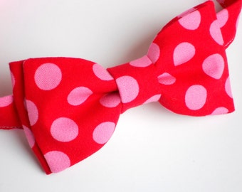 Valentine baby boy outfit, red bow tie, valentine bow tie, pink bow tie, valentine photo prop, boys valentines day outfit, boys bow tie