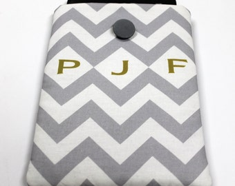 7 in tablet cover, personalized tablet case, Kindle HDX 7 sleeve, Nexus 7 cover, Protective case, padded ereader cover, chevron monogram