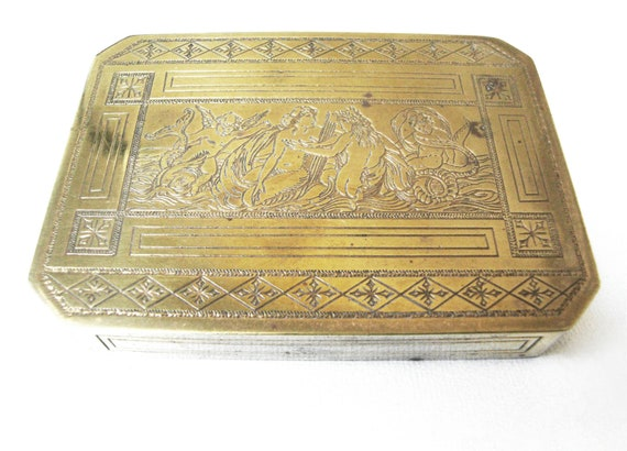 Vintage Gold Compact Box Engraved With Scene Of Venus and Adonis With Cherubs Made in Italy