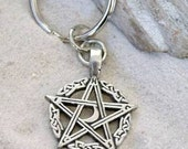 Pewter Pentagram Crescent Moon Pagan Pentacle Keychain (304)