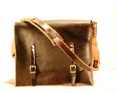 "Classic Leather Messenger Bag (Double Buckle 1"" Strap)"
