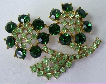 Vintage Green Pave Rhinestone Flower Brooch Pin