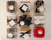 REINDEER ASSORTMENT : assorted white gift tag (set of 9)