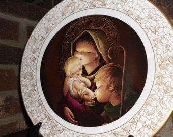 Vintage Boehm Adoration Mother and child collector bone china plate in original box CIJ