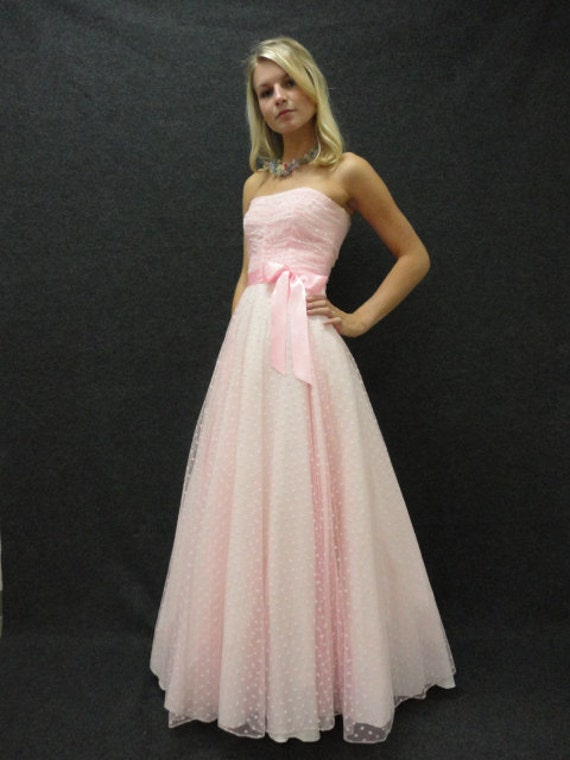 80s Dress // 80s Prom Dress // Vintage 1980s Strapless Pink | 570 x 760 jpeg 39kB