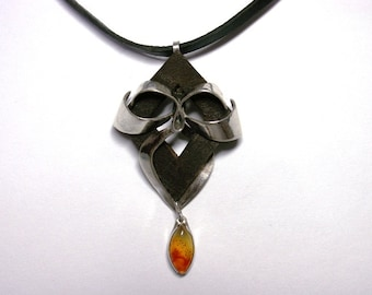 Silver pendant with Carnelian and leather