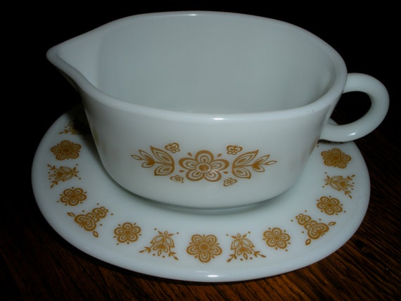 SALE Vintage Pyrex Butterfly Gold Gravy Boat and Under Plate