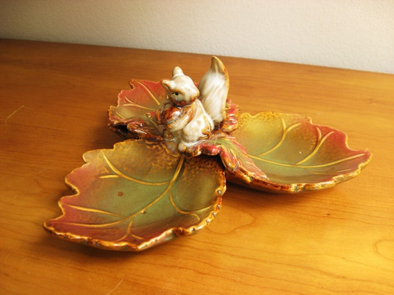Vintage Nut Dish, Divided Serving Dish, Ceramic Squirrel Dish, Autumn Fall Decor