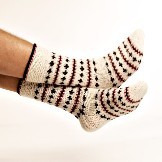 """MEN SOCKS """"Crazy Winter""""  Hand knitted from natural white wool yarn.  Great for hiking."""