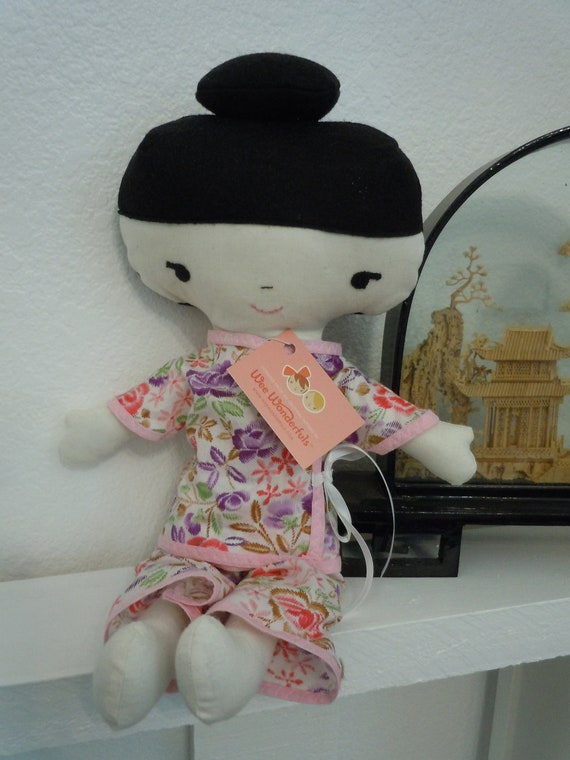 Lei - Chinese doll